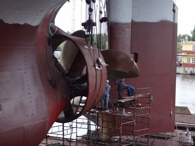 MT-RIVER-SHINER-MEWIS-DUCT-INSTALLATION-IN RIGA-SHIPYARD
